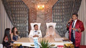 Başkan Kırgöz'den ilk nikah