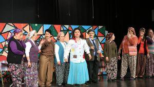 Çamlı Köy Kadınlarından Tiyatro Gecesi