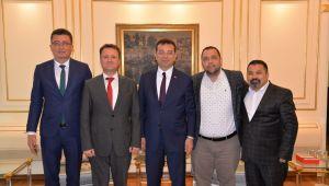 İmamoğlu'na İzmir'den ilk ziyaret Serdar Aksoy'dan