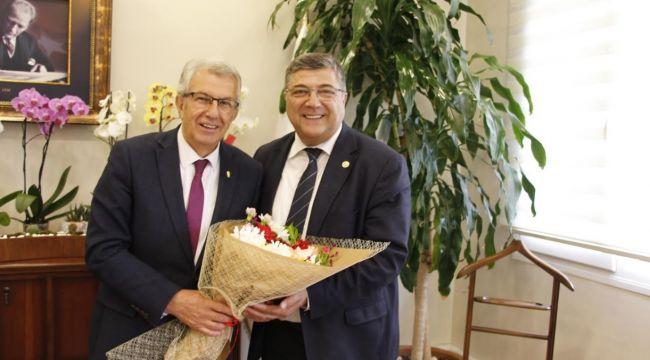 Milletvekili Sındır'dan Başkan Eriş'e Tebrik Ziyareti