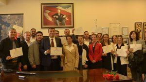 Seferihisar Belediye Başkanı Yetişkin mazbatasını aldı
