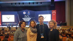 Tübitak Yarışmasında Türkiye 2.'si İzmir'den