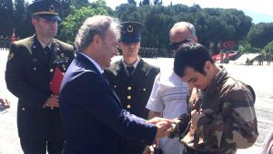 Başkan İduğ engellilerin temsili askerlik sevincine ortak oldu