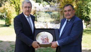 Ege bilgi birikimini Azerbaycan'la paylaşacak