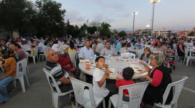 Menderes Ramazan'a Hazır