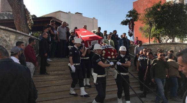 Polis Mehmet Koca'ya veda! Gözyaşları ile uğurlandı