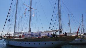 Teos Marina'da denizci dostlar buluştu