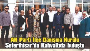 AK Parti İlçe Danışma Kurulu Kahvaltıda buluştu