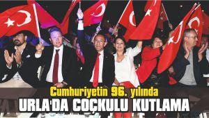 Cumhuriyetin 96. yılında Urla'da coçkulu kutlama