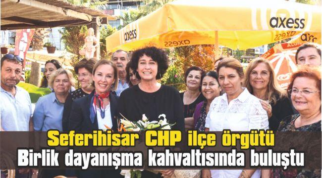 Seferihisar CHP ilçe örgütü birlik dayanışma kahvaltısında buluştu