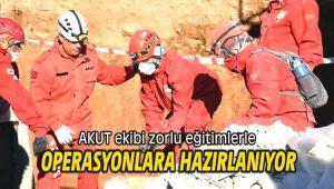 AKUT ekibi zorlu eğitimlerle operasyonlara hazırlanıyor