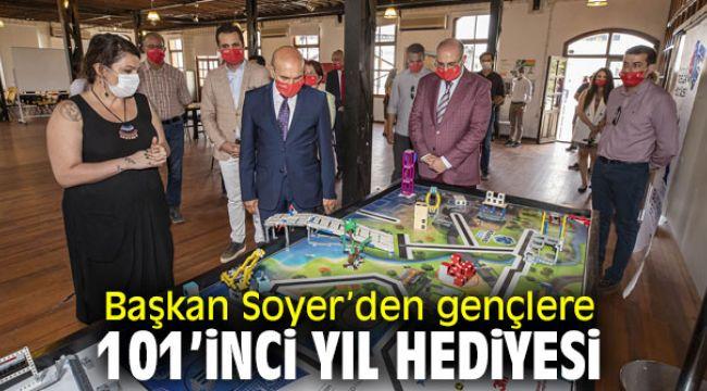 Başkan Soyer, Gençlik Yerleşkesi'ni açtı