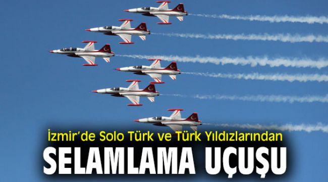 İzmir'de Solo Türk ve Türk Yıldızlarından selamlama uçuşu
