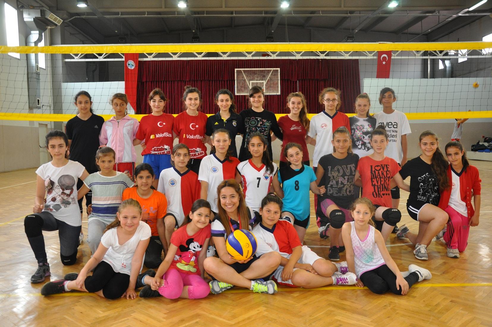 Menderes'te Ücretsiz Spor Zamanı