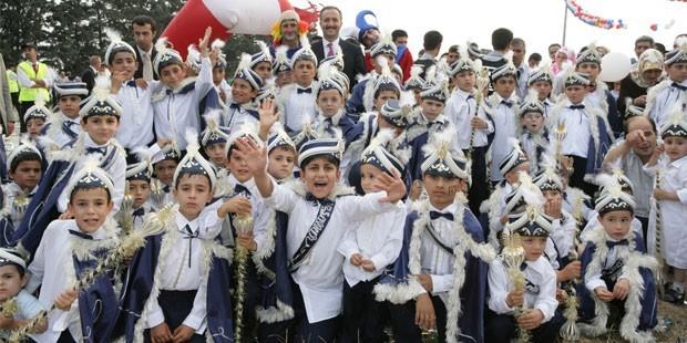 Seferihisar Belediyesi Toplu Sünnet düzenliyor