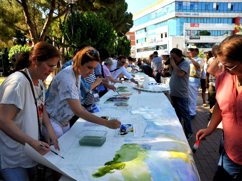 Rengarenk Suluboya Festivali düzenlendi